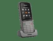 Gigaset SL750H Pro schuin voor in houder